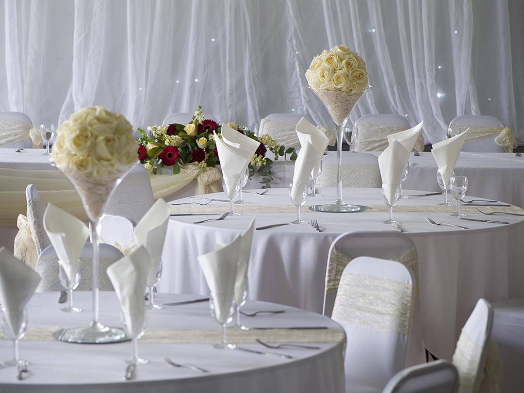 Wedding breakfast ivory colour scheme